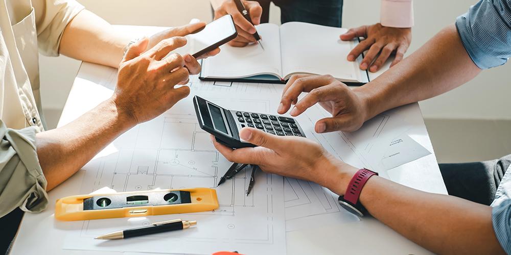 Construction Estimators Calculating Costs